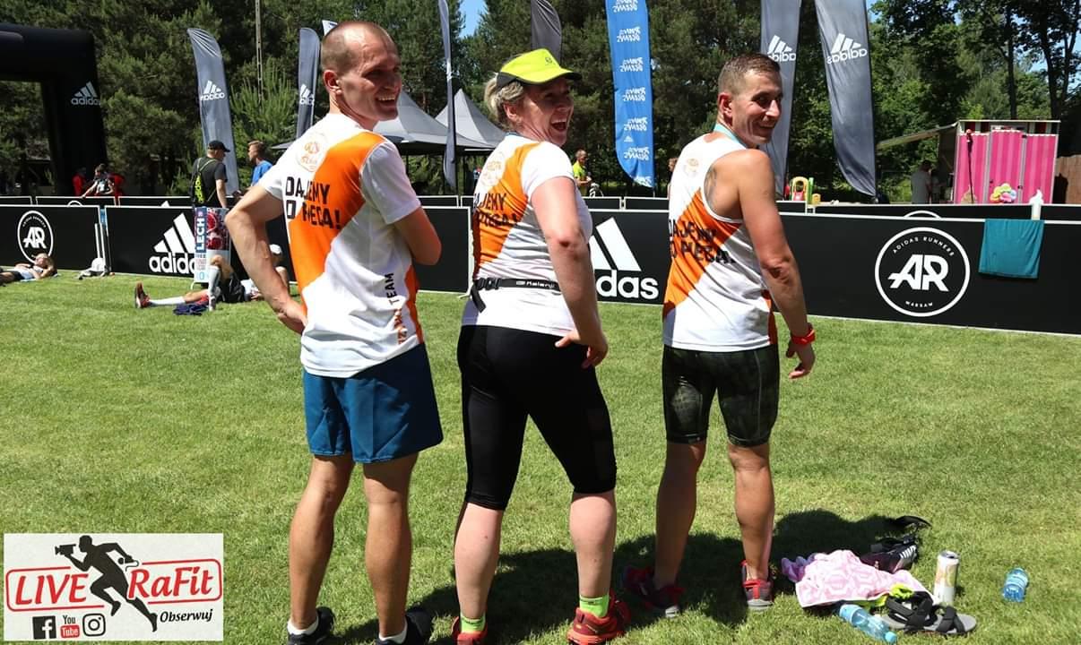 Nasz Grzybkowy super team - Ania, Łukasz i Marcin - w akcji!   Volkswagen Wiązowna Trail - 9 czerwca 2019 r.